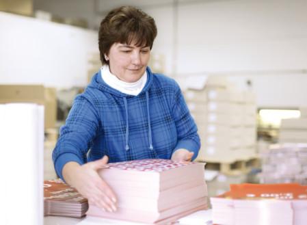 Personalisieren, konfektionieren, Handauflegen